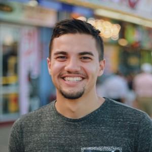 Mark Novales