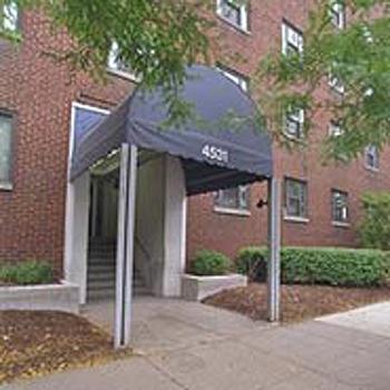 Forbes Craig Apartments entrance