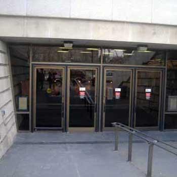 Hillman Library entrance